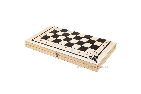 Набор настольных игр: шахматы, шашки, нарды
